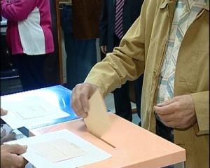 votando_elecciones_07