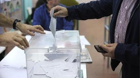 noticias-cadiz-gente-votando